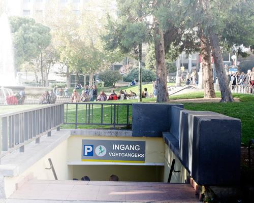 ondergrondse parking ingang